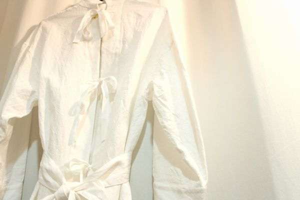 FUMIKAUCHIDA 16SS Linen Back Open Gawn ガウン